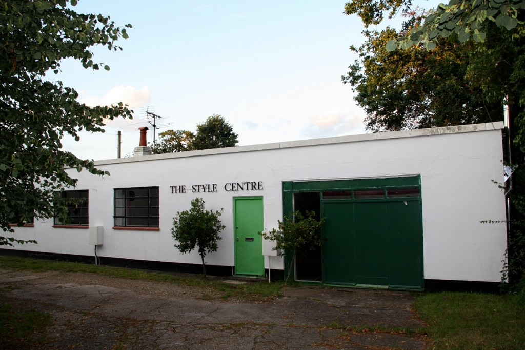 The Style Centre - Basingstoke Road, 2012